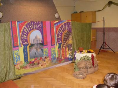 Spektakl Lampa Aladyna w bibliotece