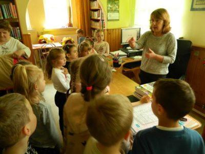 Wizyta przedszkolaków w bibliotece